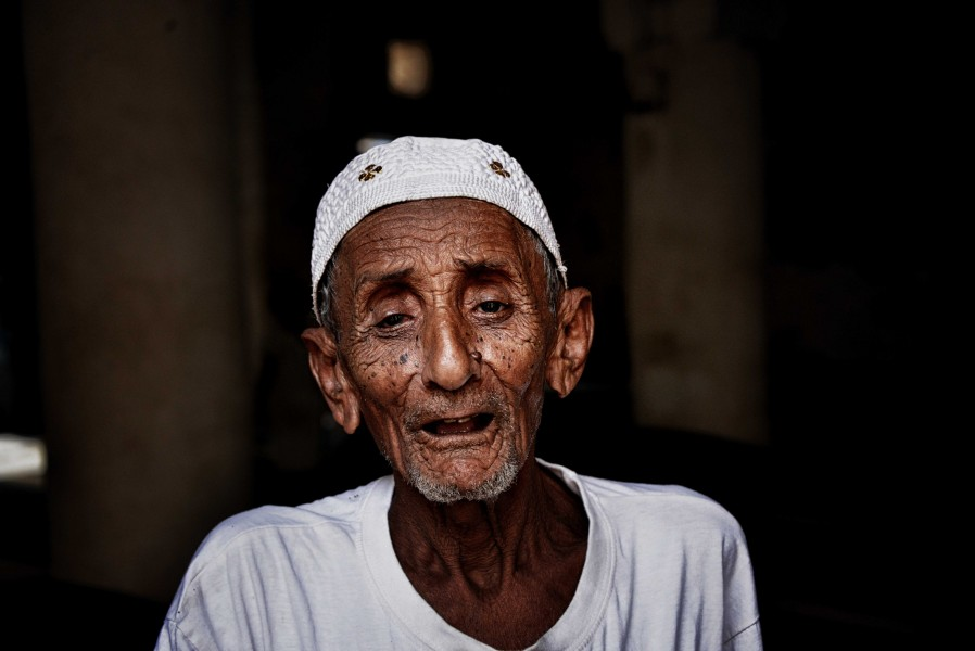 a 103 year old Yemeni man (10511762405)