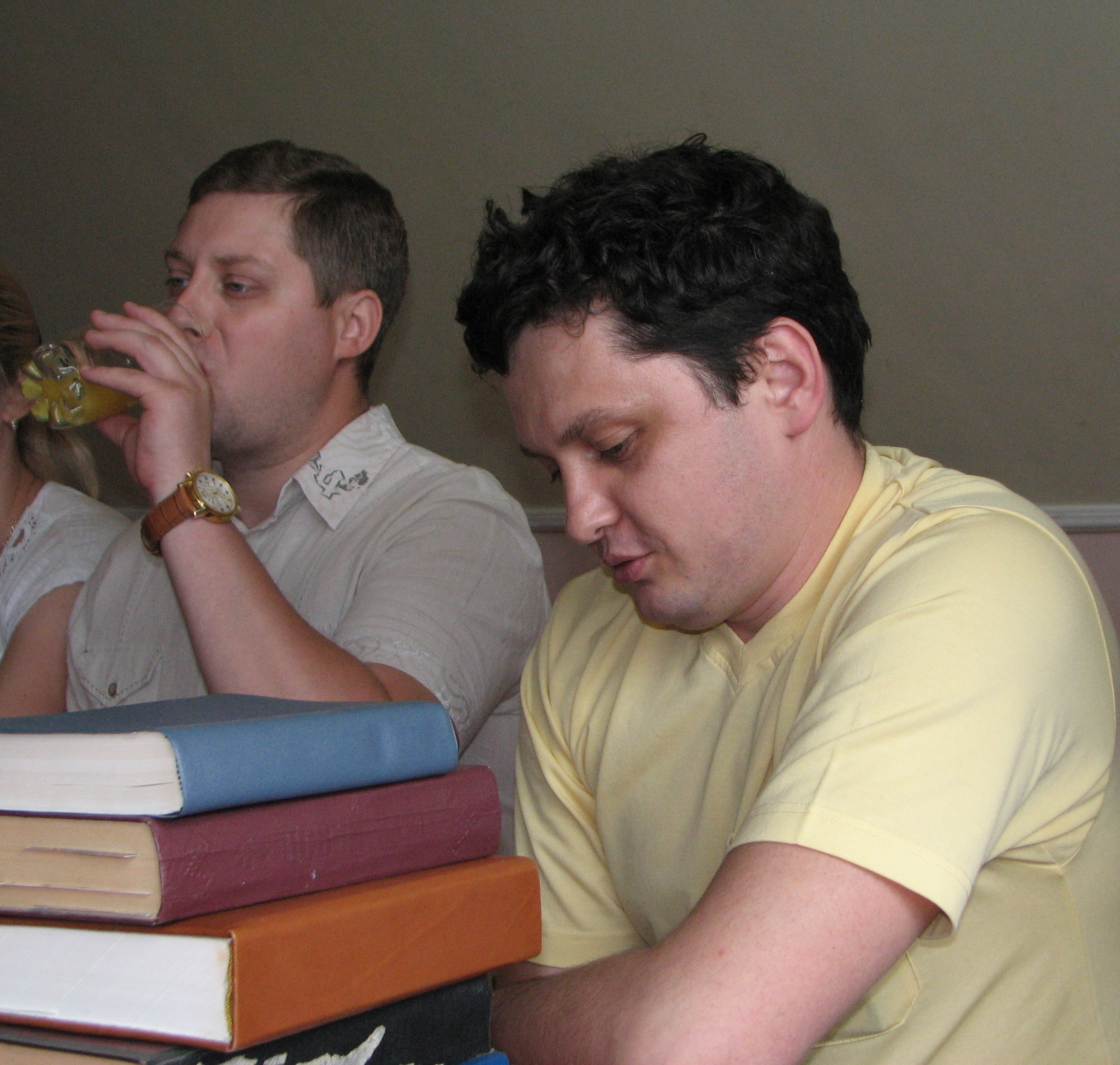 Men at a meeting of Catholic married couples, picture 15