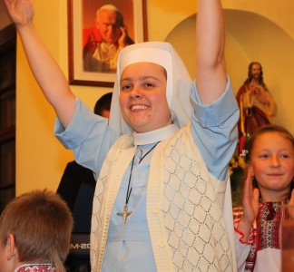 a nun at a Christian holiday celebration in a Catholic kindergarten, photo 2