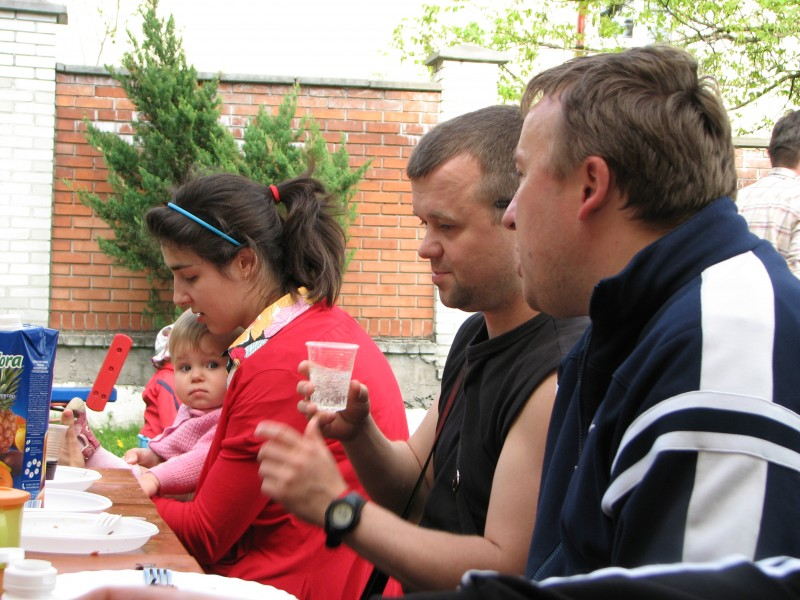 Catholic families of a parish gathered for a picnic, picture 17