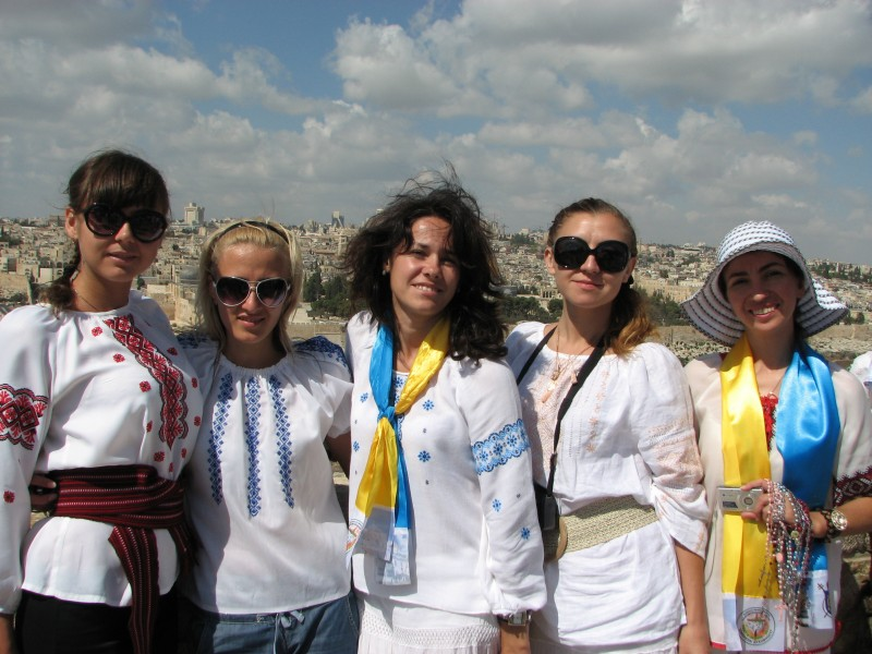 Christian pilgrim girls in Jerusalem, Israel, 2011, photo 33