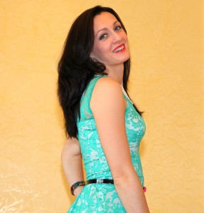 a young brunette woman in a summer dress in June 2013, portrait 2 out of 10