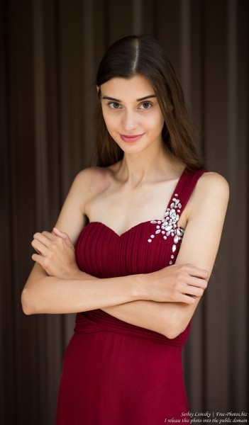 Olesya - a 19-year-old woman photographed in July 2019 by Serhiy Lvivsky, picture 9