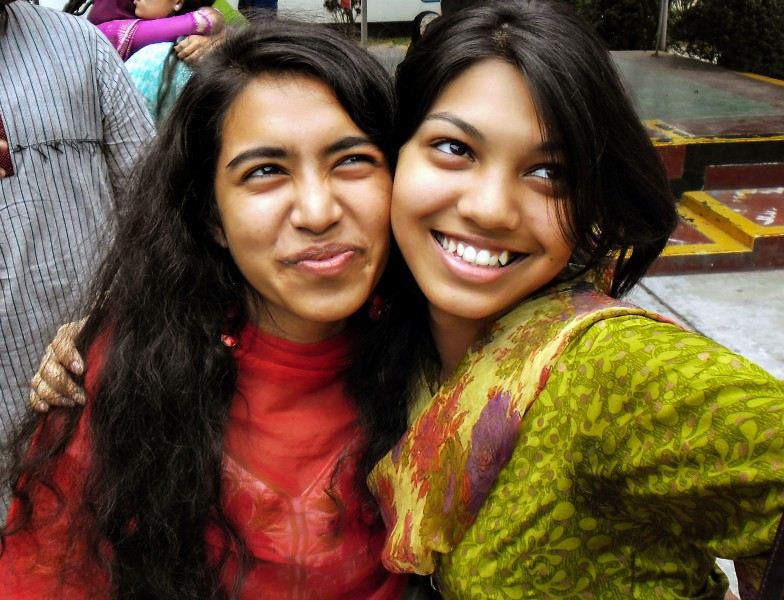 Two Bangladeshi smiling women (01)