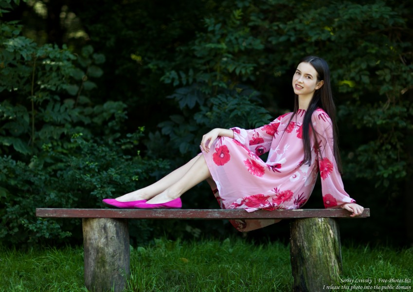 Vika - a 25-year-old brunette woman photographed by Serhiy Lvivsky in July 2018, picture 50