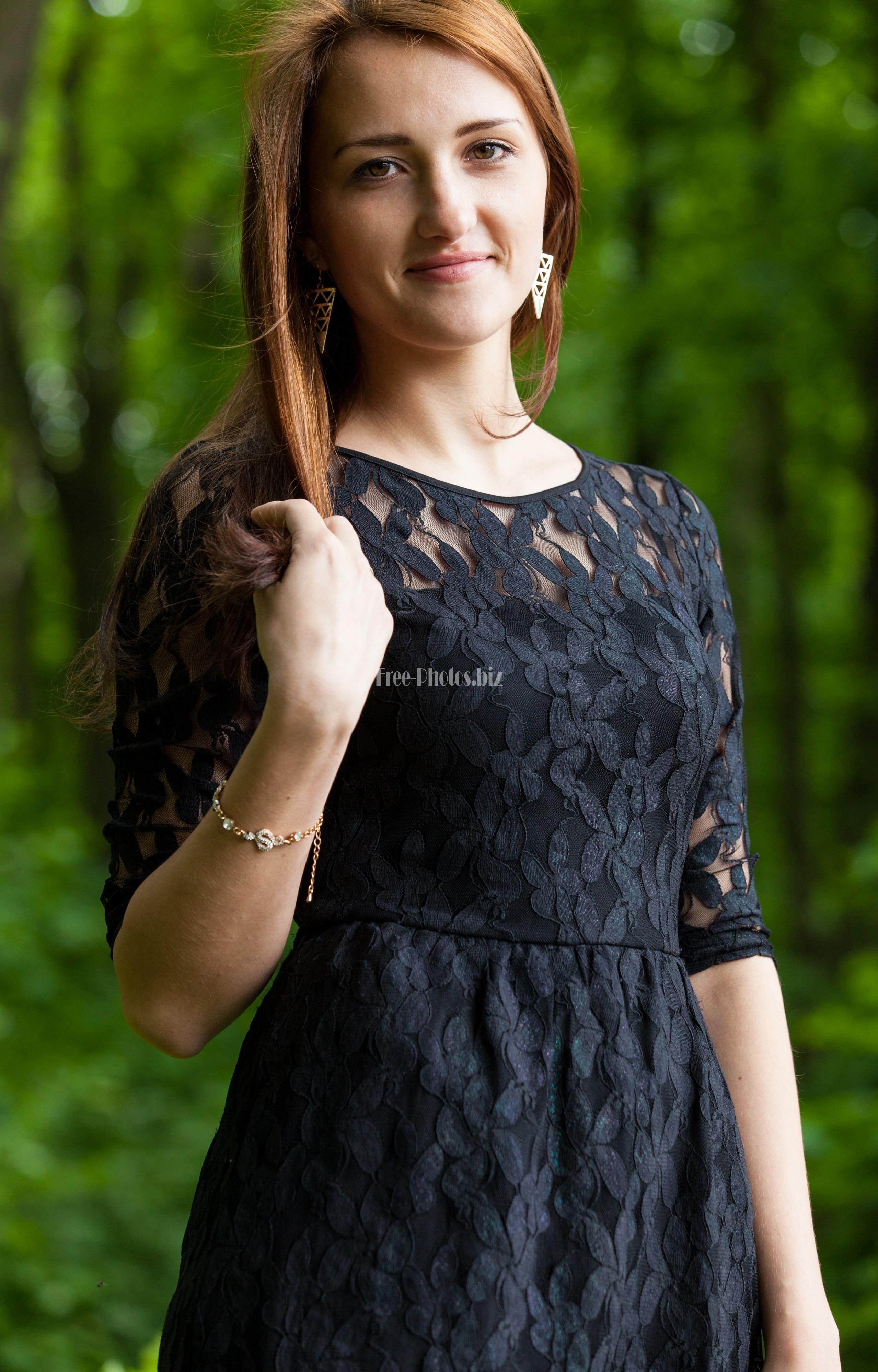 faith single catholic girls My catholic faith is of utmost importance to me and hope to find that in the love that i catholic matescom is for single catholic men and women to find love online.