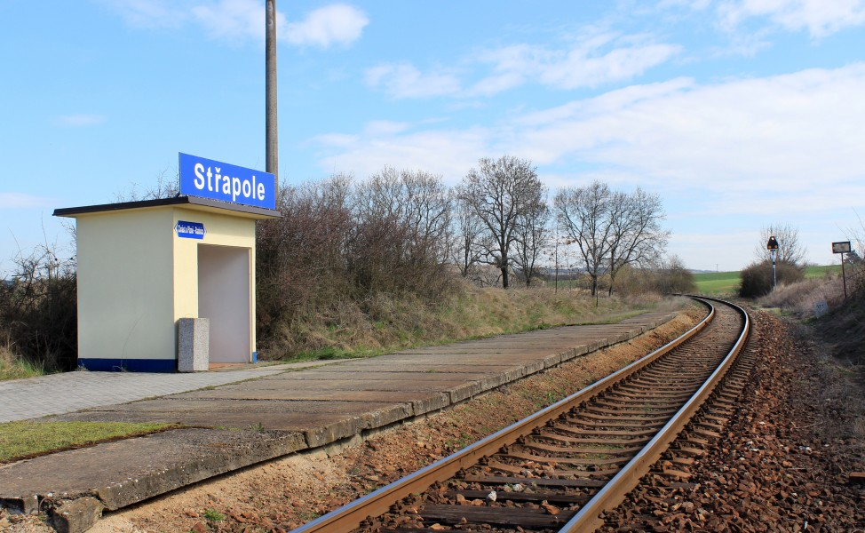 Bušovice, Střapole, train stop