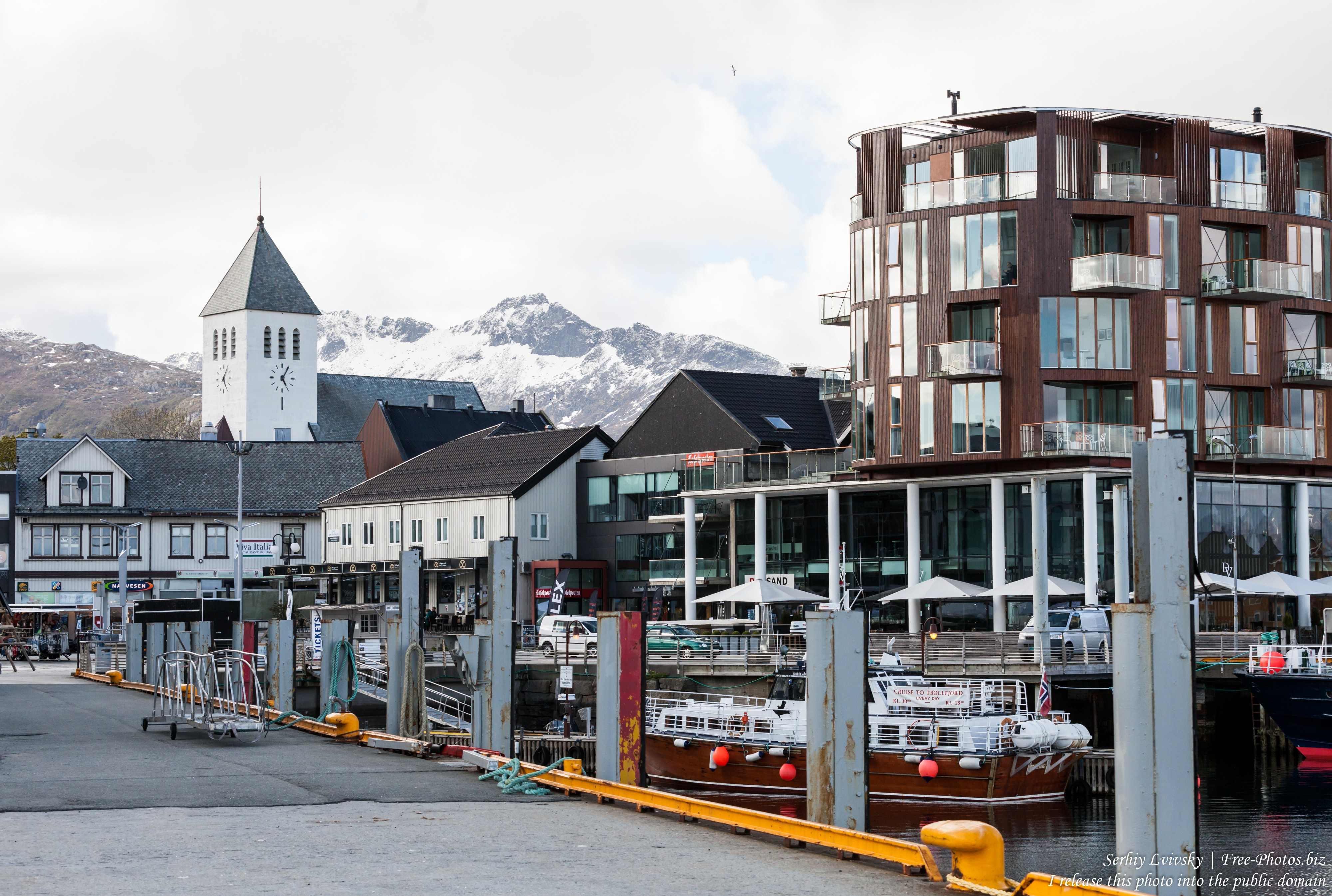 Svolvaer, Lofoten, Norway photographed in June 2018 by Serhiy Lvivsky, picture 10