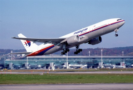 266al - Malaysia Airlines Boeing 777-2H6ER; 9M-MRB@ZRH;07.11.2003 (5404157221)