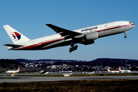 268ap - Malaysia Airlines Boeing 777-2H6ER; 9M-MRO@ZRH;07.12.2003 (5398092340)