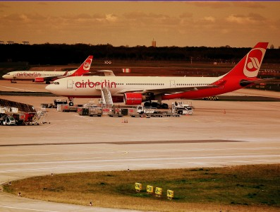 AIR BERLIN AIRBUS A330-300 AND BOEING 737-800 AT TEGAL FLUGHAFEN BERLIN APRIL 2012 (6954011862)