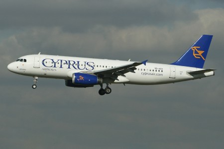 Airbus A320-232 5B-DCH Cyprus Airways (7091412093)