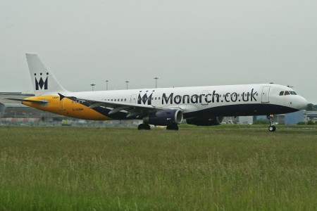 Airbus A321-231 G-OZBH Monarch (7382790122)