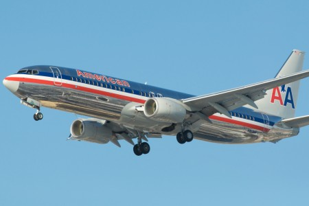 American Airlines.Boeing 737-800.YYZ.2010