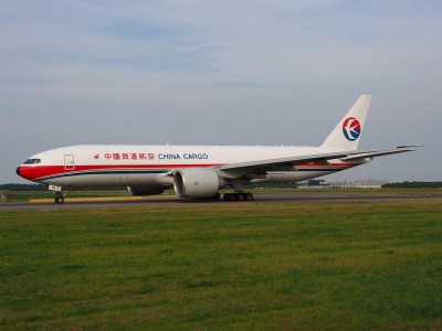 B-2076 China Cargo Airlines Boeing 777-F6N - cn 37711, taxiing 22july2013 pic-007
