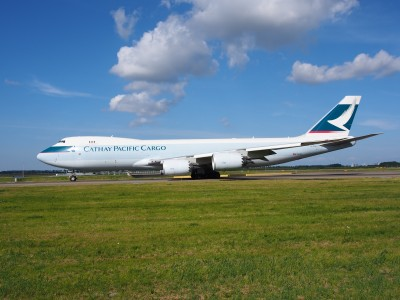 B-LJH Cathay Pacific Boeing 747-867F - cn 39245 taxiing 19july2013 pic-009