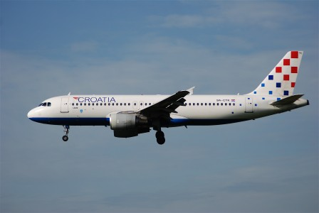 Croatia Airlines Airbus A320-214, 9A-CTK@ZRH,22.08.2008-527ch - Flickr - Aero Icarus