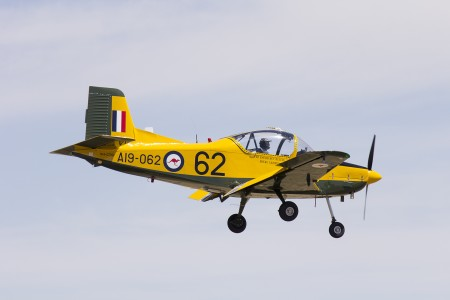 CT-4A Airtrainer A19-062 (VH-CTQ) landing during the Warbirds Downunder 2013 (1)