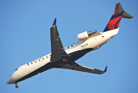 Delta Connection Canadair CRJ100ER; N492SW@LAX;10.10.2011 622ah (6413305587)
