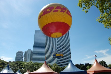 DHLBalloon-Singapore-20070610