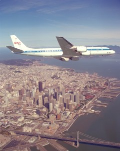 Douglas DC-8-72 over San Fancisco