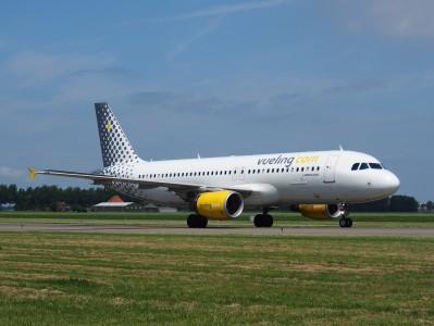 EC-LRN Vueling Airbus A320-214 - cn 3995 pic3