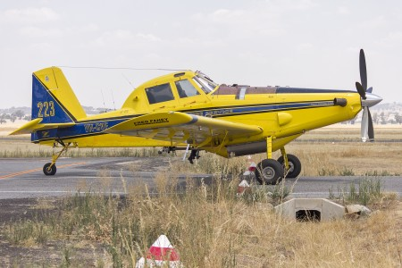 Fred Fahey Aerial Services (VH-CVF) Air Tractor AT-802 waiting to refill with fire retardant at Wagga Wagga Airport (1)