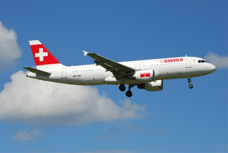 HB-IJW@ZRH,09.08.2008-525an - Flickr - Aero Icarus