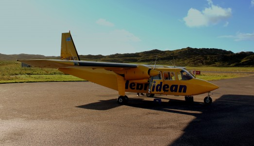 HEBRIDEAN AIR SERVICES BN2B ISLANDER G-HEBO FLIGHT 301 FROM OBAN TO ISLAY AT CONALSAY WEST SCOTLAND SEP 2013 (9684014953)