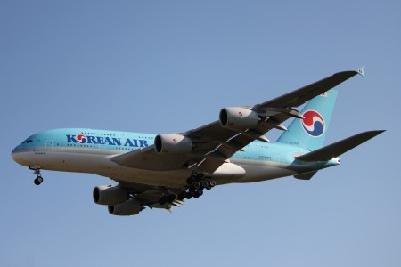 Korean Air A388 HL7611