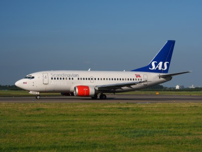 LN-BRX SAS Scandinavian Airlines Boeing 737-505 - cn 25797 taxiing 15july2013 pic-004