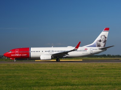 LN-DYT Norwegian Air Shuttle Boeing 737-8JP(WL) - cn 39048 taxiing 15july2013 pic-003