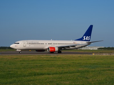 LN-RCN SAS Scandinavian Airlines Boeing 737-883 - cn 28318 taxiing 18july2013 pic-002