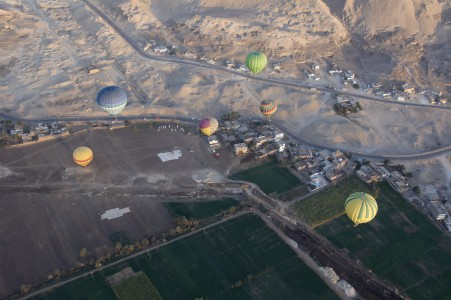 Luxor hot air balloon F