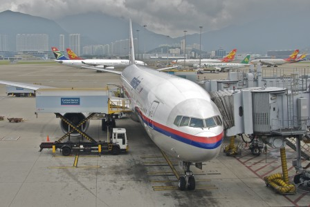 Malaysia Airlines Boeing 777-200ER; 9M-MRD@HKG;05.08.2012 671fd (8008537448)