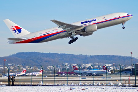 Malaysia Airlines Boeing 777-2H6ER, 9M-MRH@ZRH,28.01.2007-449bf - Flickr - Aero Icarus