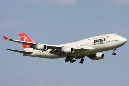 Northwest B747-400(N669US) (3980383296)