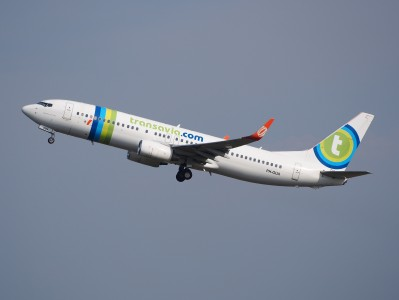 PH-GUA Transavia Boeing 737-8EH(WL) - cn 37601take-off, 25august2013 pic-1