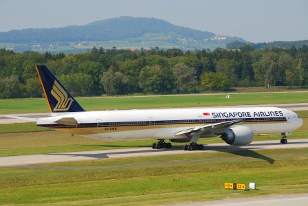 Singapore Airlines Boeing 777-300ER; 9V-SWN@ZRH;10.09.2009 555eo (4329708911)