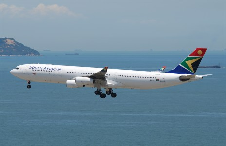 South African Airways Airbus A340-313X; ZS-SXC@HKG;04.08.2011 615ht (6091153800)