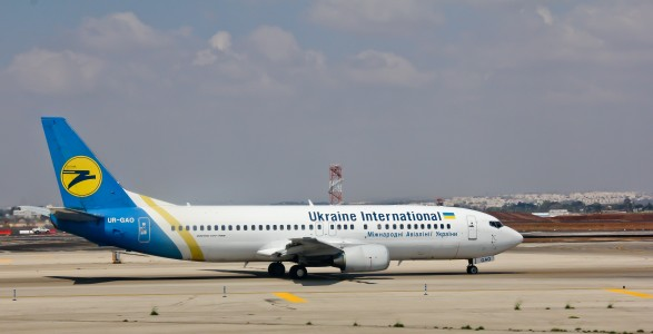 Ukraine International - Boeing 737-400 - Tel Aviv Ben Gurion - UR-GAO-1262