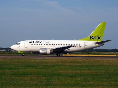 YL-BBD Air Baltic Boeing 737-53S - cn 29075, taxiing 22july2013 pic-003