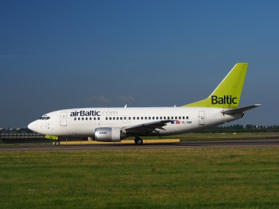 YL-BBE Air Baltic Boeing 737-53S - cn 29073 taxiing 15july2013 pic-004