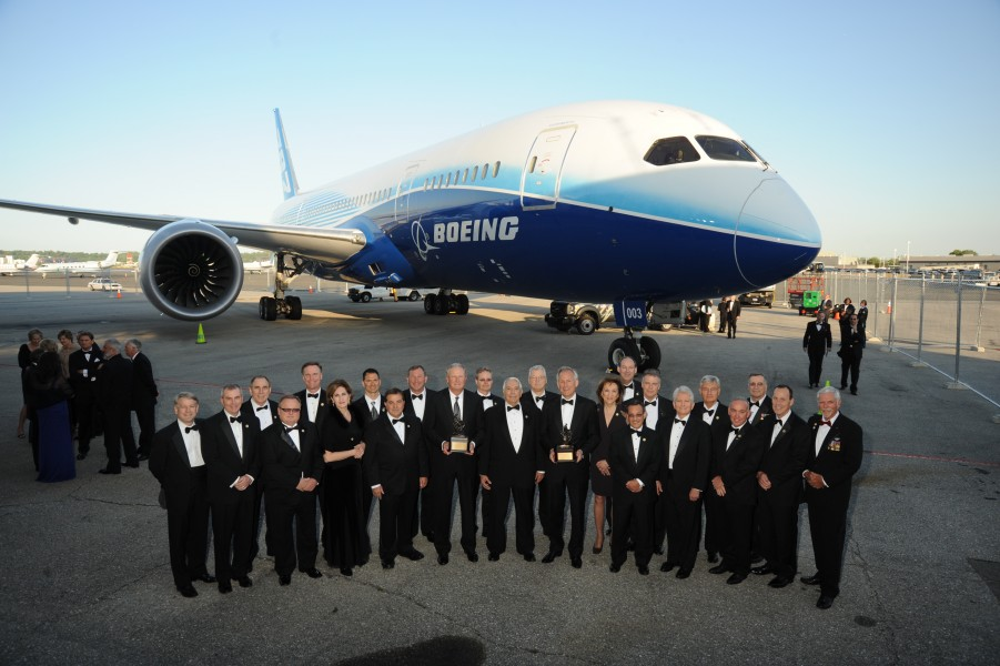 2011 Collier Trophy Recipient, the Boeing 787 Dreamliner, and Collier Selection Committee
