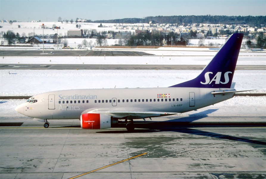 274ad - Scandinavian Airlines Boeing 737-683, LN-RRP@ZRH,31.01.2004 - Flickr - Aero Icarus