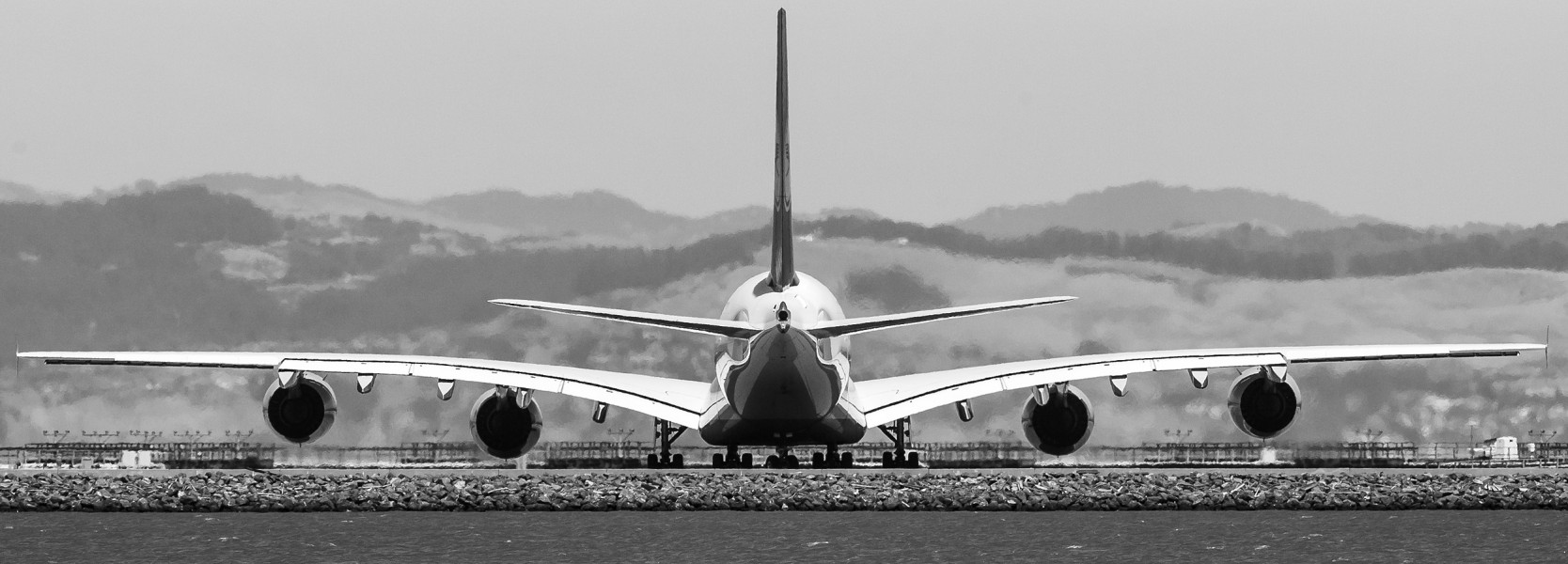 A380 preparing to depart SFO (9191298383)