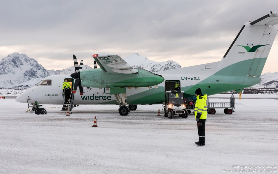 a Widerøe airplane in Norway in February 2020, photographed by Serhiy Lvivsky, picture 1