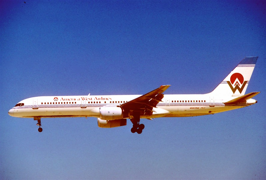 America West Airlines Boeing 757-225; N907AW@LAS, September 1989 (6162350752)