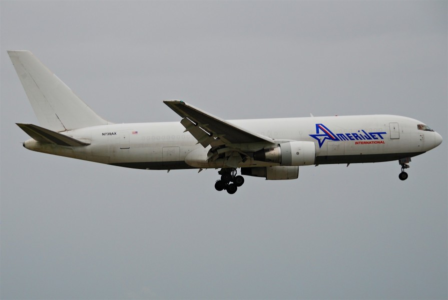 Amerijet International Boeing 767-200F; N739AX@MIA;17.10.2011 626nf (6312600107)