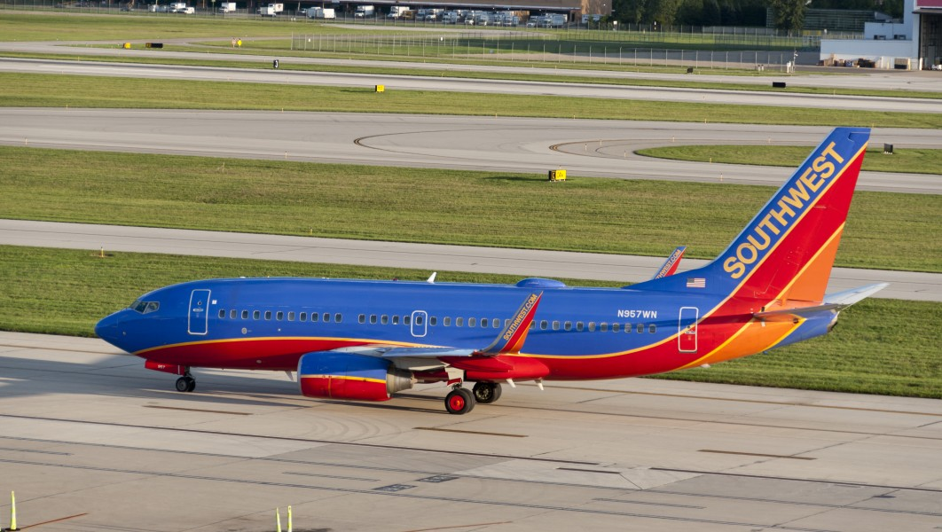 Boeing 737-700 of Southwest Airlines preparing to Takeoff KCMH 1